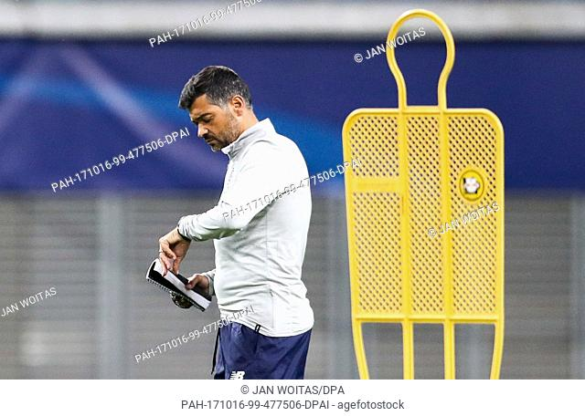 Porto's coach Sergio Conceicao seen during their training session ahead of their UEFA Champions League match against RB Leipzig at the Red Bull Arena in Leipzig