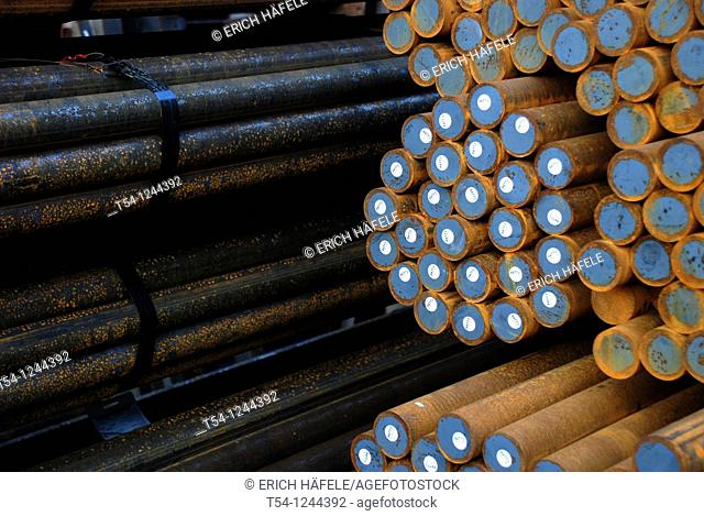 Round steel stock of a metal plant