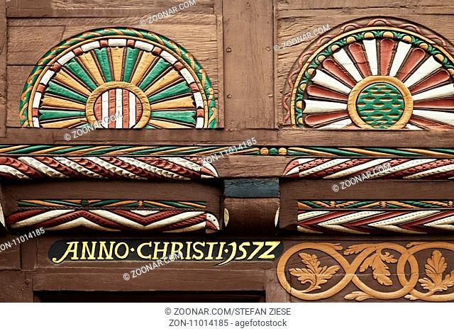 Holzschnitzerein im Stil der Weserrenaissance, Altstadt, Blomberg, Ostwestfalen-Lippe, Teutoburger Wald, Nordrhein-Westfalen, Deutschland, Europa