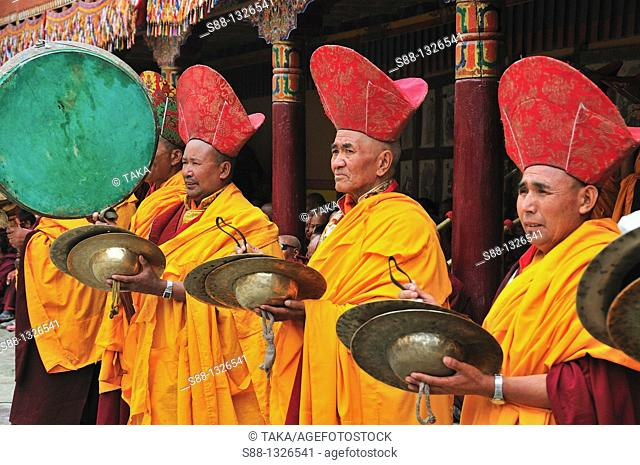 Buddhist monks during Chaam Musk Dancing Festival at Hemis Gompa. Jammu and Kashmir, India