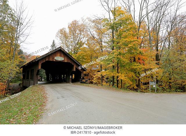 Battleground Covered Bridge in autumn, Mill Brook, Vermont, USA