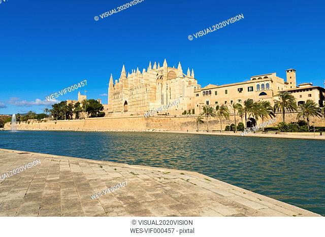Spain, Palma de Mallorca, view to La Seu Cathedral