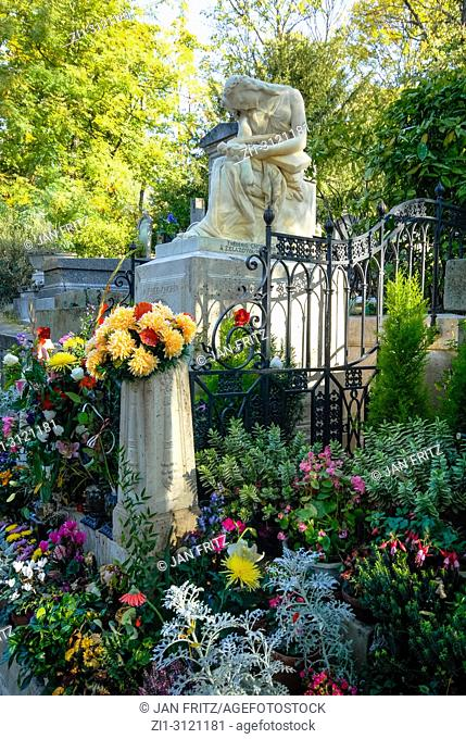 Frederice Chopin tomb, Pere Lachaise cemetery, Paris, France