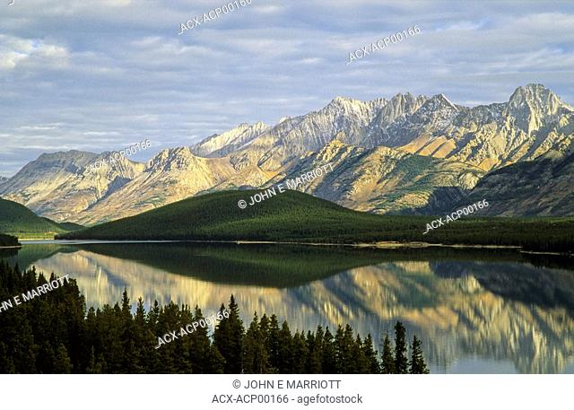 Lower Kananaskis Lake, Opal Range, Kananaskis Country, Alberta, Canada