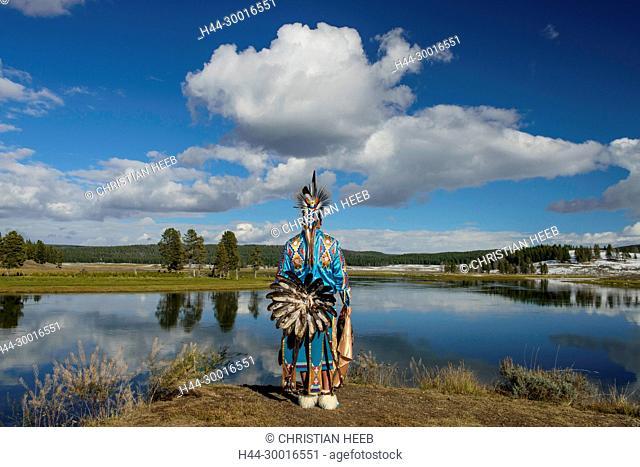 North America, USA, Rocky Mountains, Yellowstone, National Park, Hayden river,, Robert Yellowhawk, Lakota Indian at river MR