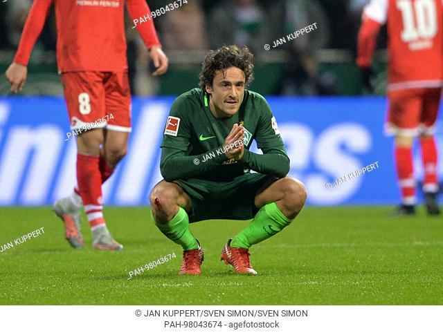 Thomas DELANEY (HB), frustratedriert, Frust, Enttaeuschung, disappointed, Niedergeschlagen, Niederlage, Fussball 1. Bundesliga, 17
