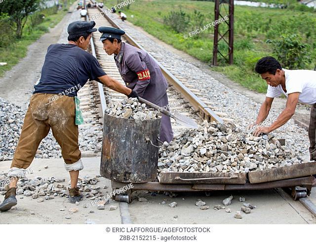 North Korean Men Working On Railways, Hamhung, North Korea