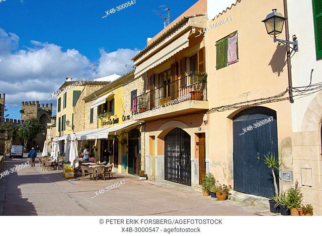 Cami de Ronda, old town, Alcudia, Mallorca, Balearic islands, Spain