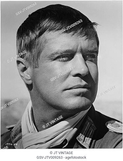 George Peppard, on-set of the Film, Tobruk, Universal Pictures, 1967