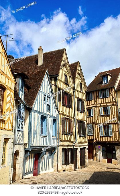 Rue de la Marine, Auxerre, Yonne, Burgundy, Bourgogne, France, Europe