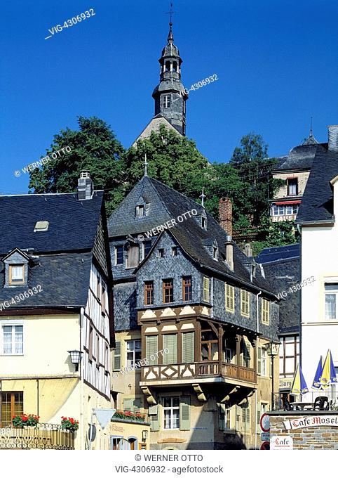 D-Beilstein, Verbandsgemeinde Cochem, Moselle, Rhineland-Palatinate, old city view, residential buildings, half-timbered, monastery church Saint Joseph