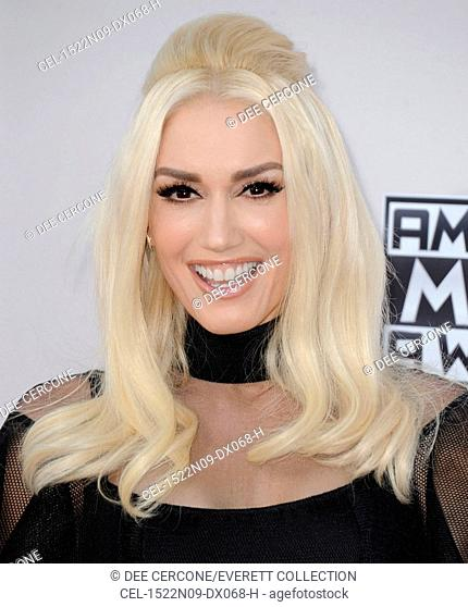 Gwen Stefani at arrivals for 2015 American Music Awards - Arrivals 2, Microsoft Theater, Los Angeles, CA November 22, 2015