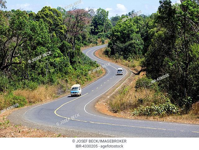 Curvy road in Ou Reang, Senmonorom, Sen Monorom, Mondulkiri Province, Cambodia