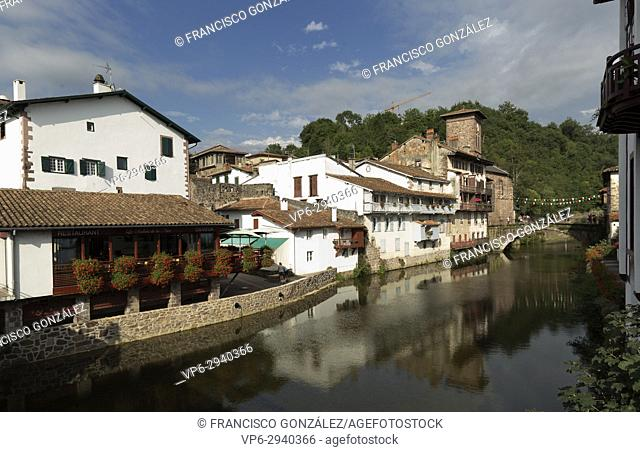 Panorámica de la hermosa Villa de San Juan Pied de Port