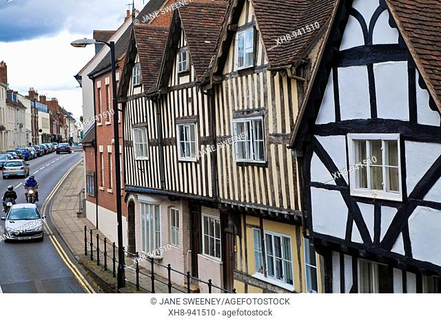Tudor houses opposite Lord Leycester Hospital, Warwick, Warwickshire, England, UK