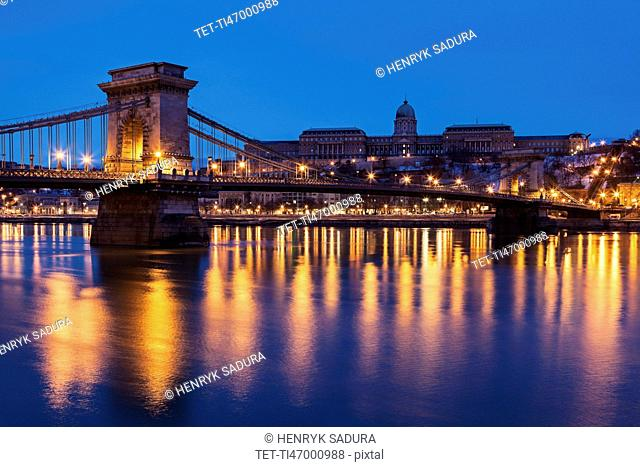 Illuminated Chain Bridge and Buda skyline
