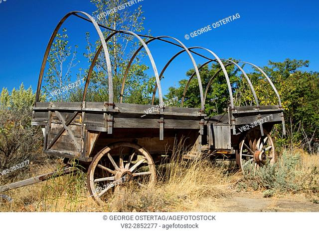 Wagon, Deschutes River State Park, Columbia River Gorge National Scenic Area, Oregon