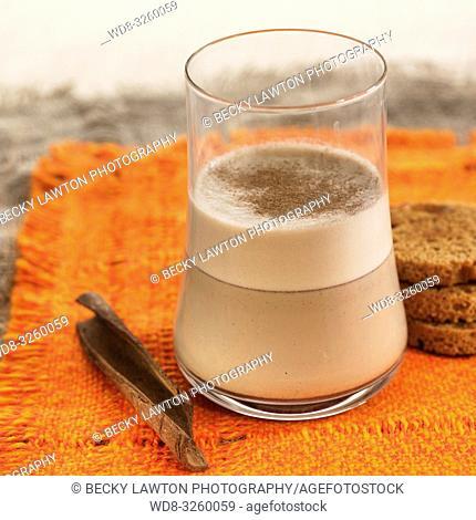 leche de avena a la canela / cinnamon oat milk