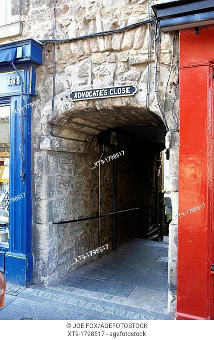 advocate's close entryway old town edinburgh scotland uk united kingdom