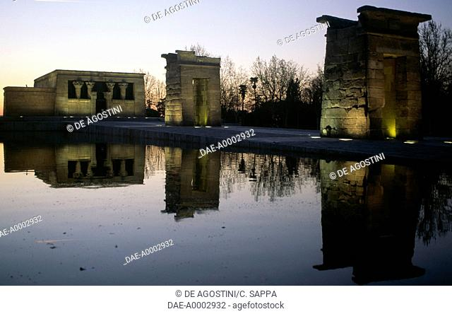 The Temple of Debod, an ancient Egyptian temple from Assuan which was dismantled and rebuilt in Madrid in 1972, Parque de la Montana, sunset, Madrid, Spain