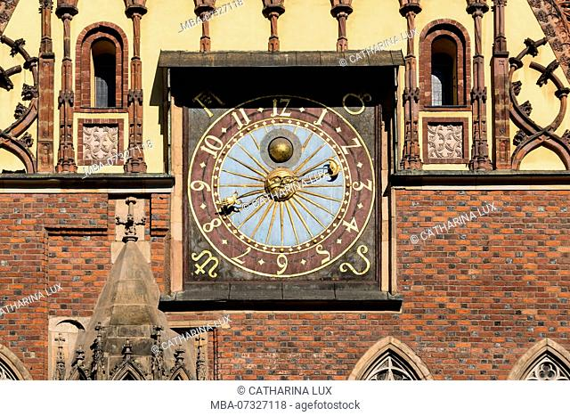 Poland, Wroclaw, old town, Rynek, old town Hall, astronomical clock