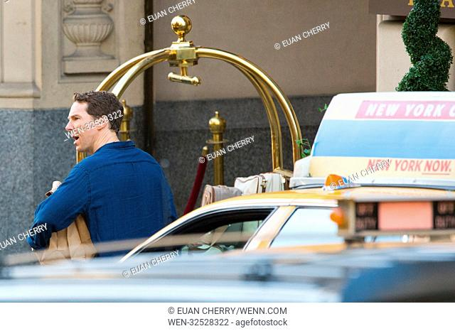 Melrose film set in Glasgow, Scotland. Featuring: Benedict Cumberbatch Where: Glasgow, United Kingdom When: 29 Oct 2017 Credit: Euan Cherry/WENN.com