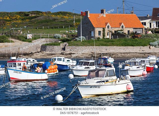 France, Normandy Region, Manche Department, Fermanville, town harbor