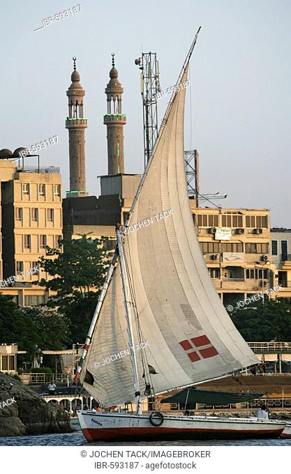 Felucca, traditional sailing boat on the Nile, near Aswan, Egypt, Africa
