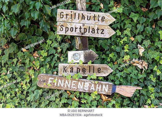 Europe, Germany, Rhineland-Palatinate, district Trier-Saarburg, the Moselle, Mittelmosel, Pölich, signpost