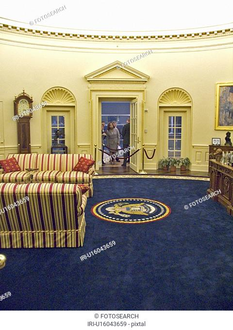 William J. Clinton Presidential Library replica of the oval office