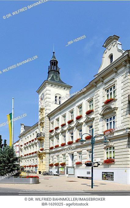 Town hall, built by E. Sehnal and J. Dunkel, 1901, Hauptplatz main square, Mistelbach, Weinviertel quarter, Lower Austria, Europe