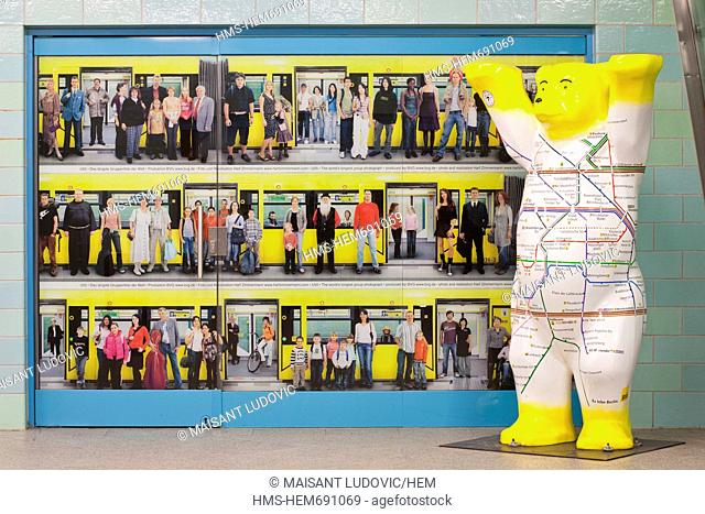 Germany, Berlin, Alexanderplatz station, a subway map with the bear, the symbol of Berlin