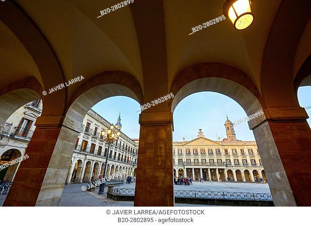 Plaza de España, Plaza Nueva, Vitoria-Gasteiz, Alava, Basque Country, Spain, Europe