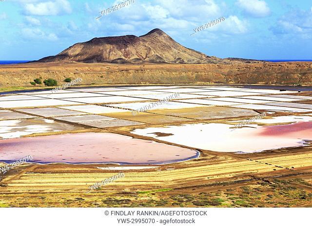 View north at Terra Boa over the Salt Ponds, Pedra de Lume, with Monte Grande behind, Sal Island, Salinas, Cape Verde, Africa