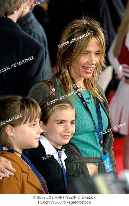 Dr. Seuss's: The Cat in the Hat Premiere 11-8-03 Rosanna Arquette and kids Photo By Joe Martinez