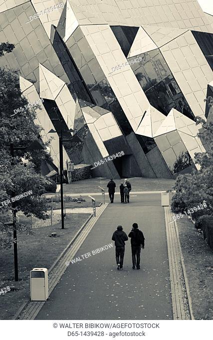 France, Poitou-Charentes Region, Vienne Department, Poitiers, Futuroscope Science Park, park visitors by IMAX theater