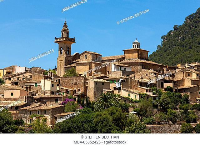 Valldemossa with parish church, island Majorca, the Balearic Islands, Spain, Europe
