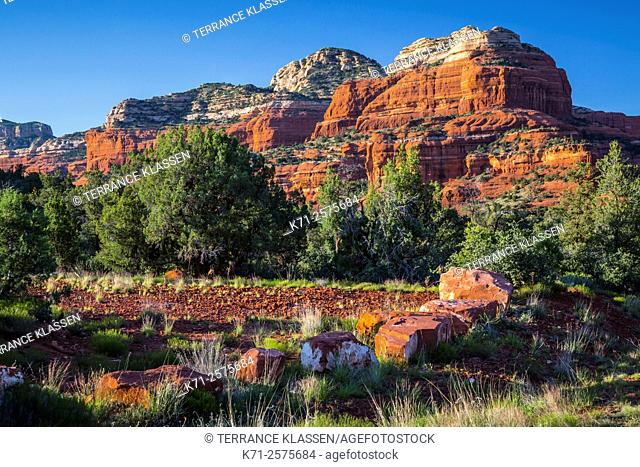 Red rock formations in the landscape near Sedona, Arizona, USA