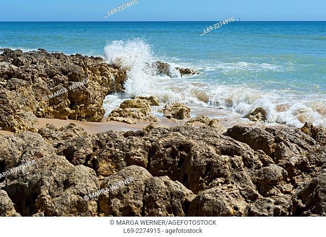 Rocky coast, Algarve, Albufeira, Portugal, Europe