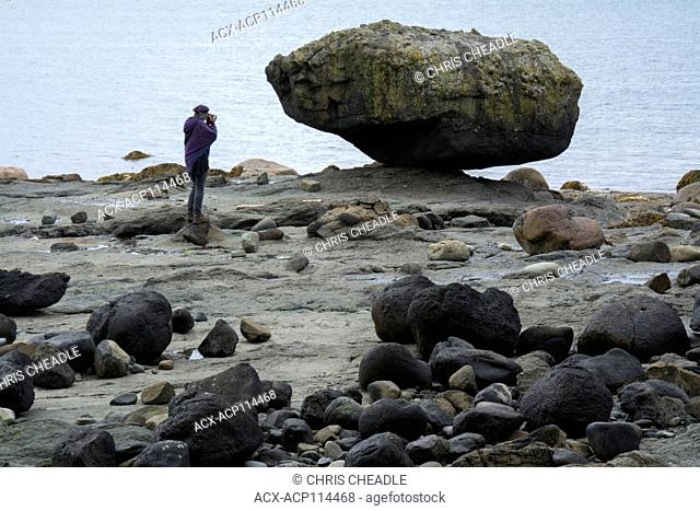 Balance rock, glacial erratic, Skidegate, Haida Gwaii, formerly known as Queen Charlotte Islands, British Columbia, Canada