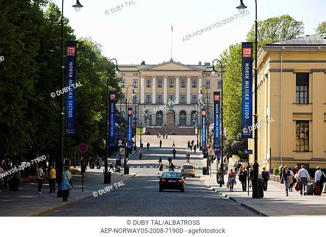 Photograph of a Norwegian street