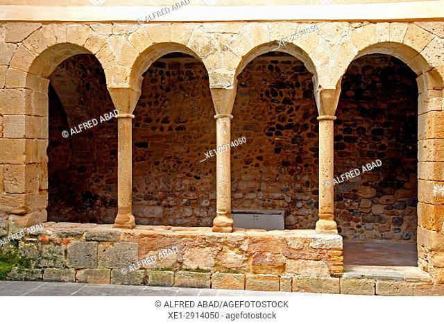 Cloister of the Monastery of Santa Maria, Cervià de Ter, Girona, Catalonia, Spain