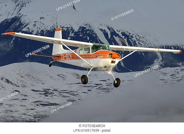 Cessna 180 near Lake Tekapo