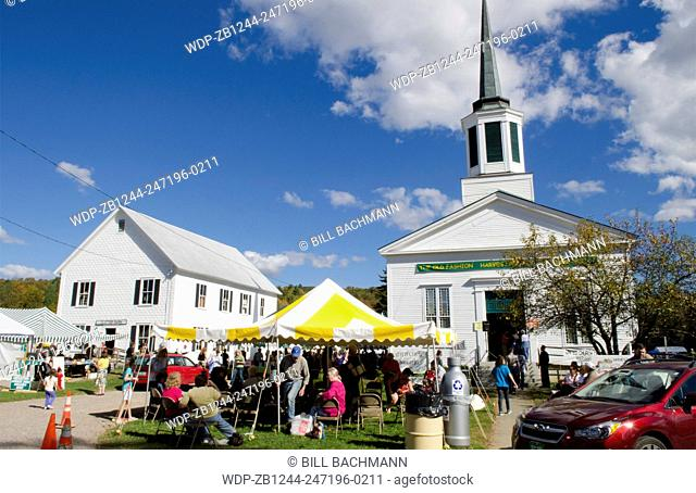 Underhill Vermont Fall Foliage colors Old Fashioned Harvest Picnic market in Northern New England in October