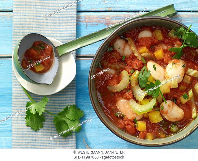 Bean & pepper chilli with fresh coriander