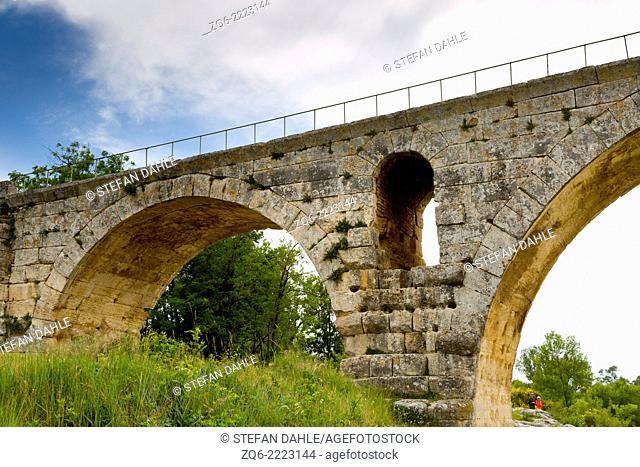 The Bridge Pont Julien near Bonnieux, Provence, France