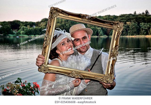 wedding portrait in 20s style