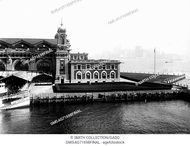 An exterior photograph of a portion of the front facade of the Ellis Island immigration inspection station, New York, 1907