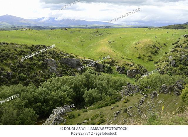 Landscape along the Central Otago Rail Trail, South Island, New Zealand