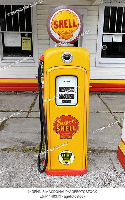 Soulsby Shell Station along Route 66 Mt  Olive Illinois